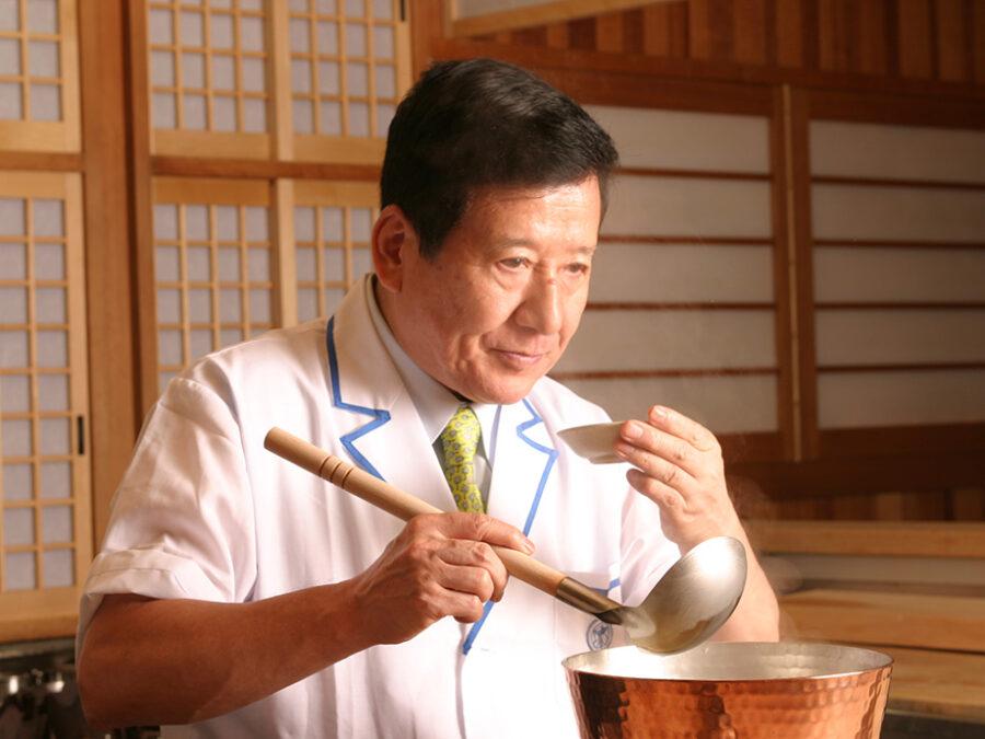 """【神田川俊郎】「料理の鉄人」やTVでおなじみの神田川俊郎。""""料理は心や!""""を合い言葉に、門前懐石ほか各種をプロデュース。"""