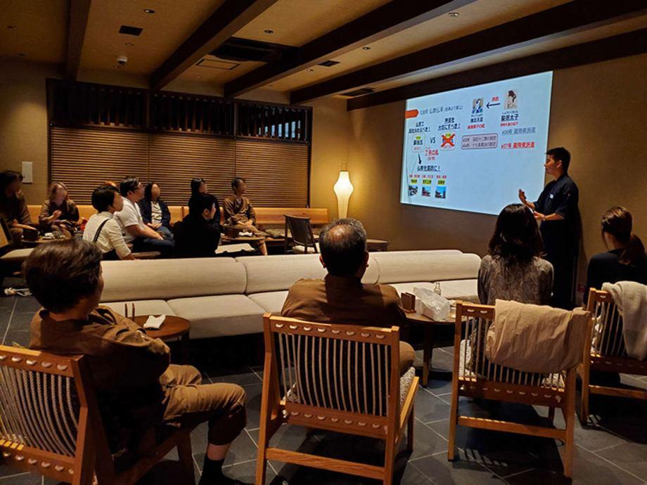 Gallery BARで奈良の歴史や文化を学べるトークショー